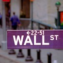 Dow, S&P 500 Extend Win Streaks